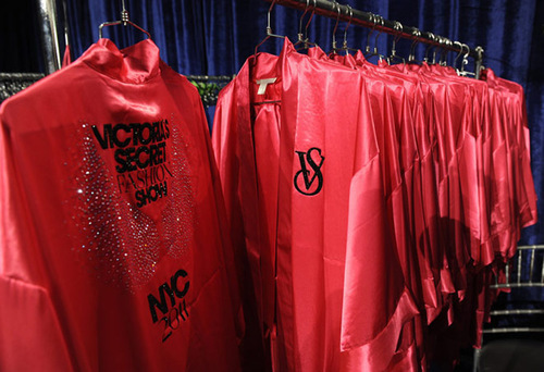 angels, fashion show, pink, robes, victoria secret