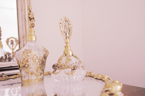 art, beautiful, beauty, cute, fashion, french, girl, gold, kawaii, love, mirror, opulant, photo, photography, pink, pretty, romance, vintage, white