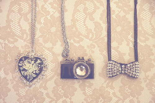asombrose, bow, camera, chain, cool, cute, fashion, great, heart, jewelry