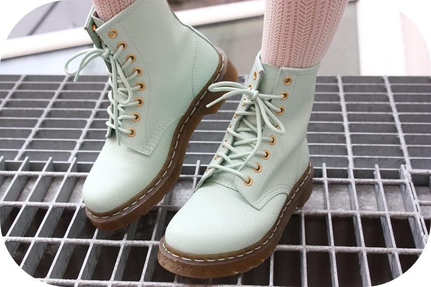 awesome, docs, dr martens, green, mint