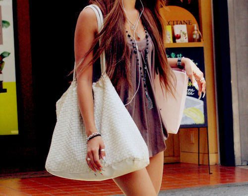 bag, big bag, bracelets, brunette, chain, dress, fashion, girl, hair, necklace