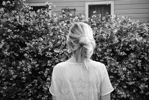 b&w, back, black & white, black and white, blonde, cute, flower, flowers, garden, girl, hair, landscape, nature, photo, photography, place