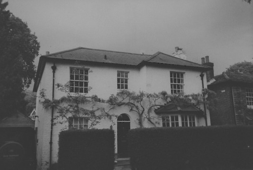 b&w, black & white, black and white, cute, house