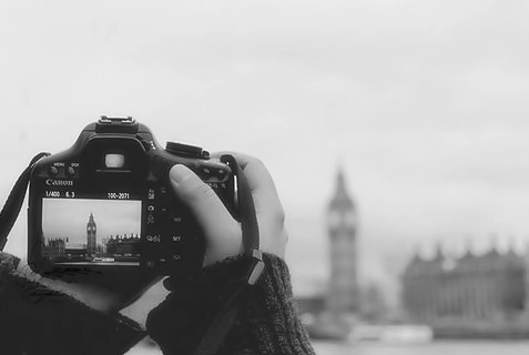 b&w, black and white, camera, canon, hand, hands, london, photographer, photography