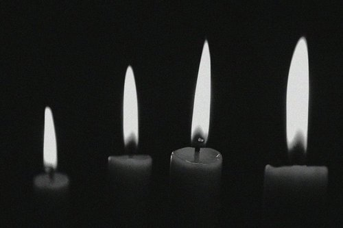 b&w, black, black & white, black and white, candle, candles, dark, darkness, light, lights, photo, photography