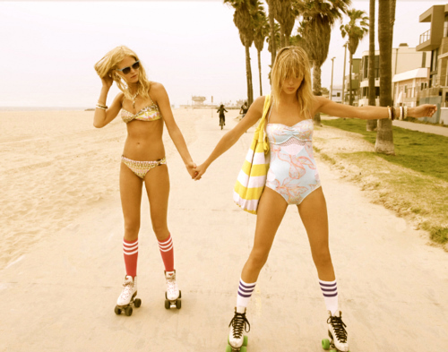 beach, blonde, fashion, girls, hpster, light, rollerblades, summer, sun, swag, tan