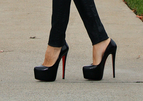 beautiful, black heels, black shoes, clack, fashion, heels, high heels, hot, louboutin, photography, platform, sexy, shoes, style