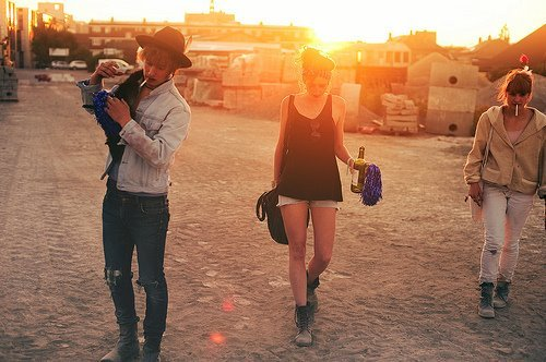 beautiful, boy, cap, colours, fashion, friend, friends, girl, girls, old school, photography, style, sun, vintage