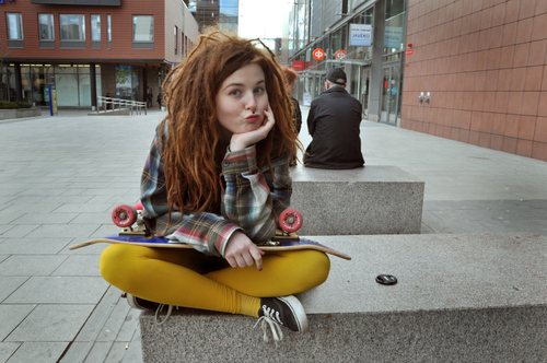beautiful, cool, cute, dreads, fashion, girl, hair, leggings, photo, photography, plaid, pretty, skateboard, woman