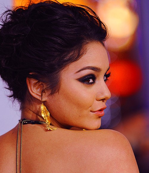 beautiful, cute, fashion, girl, goregous, happy, perfect, photography, smile, stunning, vanessa hudgens