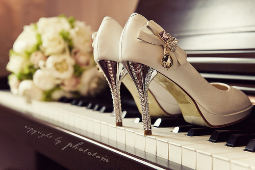beautiful, heels, piano, rose, vintage