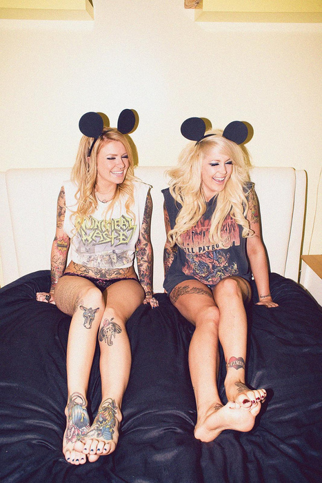 bed, blonde, fun, girls, mickey moyse, minnie mouse, smile, tattoo