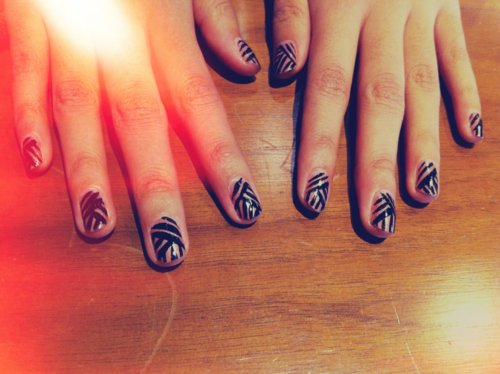 beige, black, brocade, colorful, colors, cute, fashion, fingernails, girly, glossy, manicure, nail art, nail painting, nail polish, nailart, nails, nails fashion, nails style, pattern, pretty, stripes, strips, style