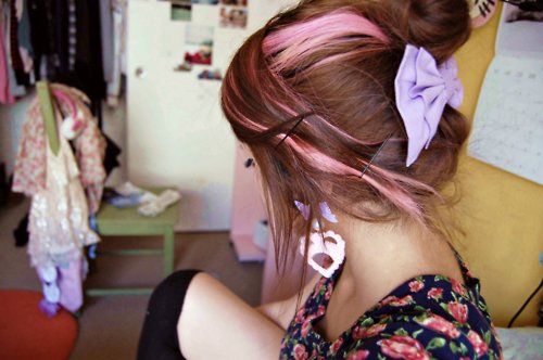 betsey johnson, color, girl, hair, photography, pink