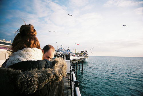 birds, couple, cute, girl, love, nature, paisagem, photo, pretty, sea, vintage, water