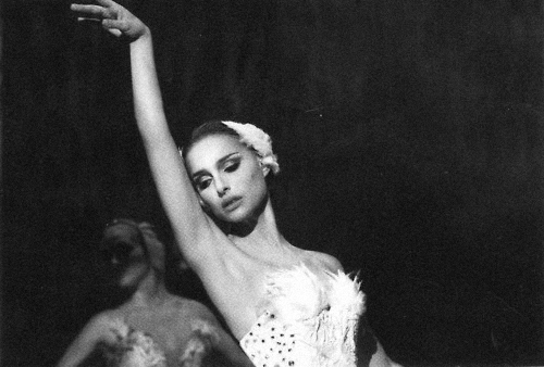 black and white, black swan, natalie portman