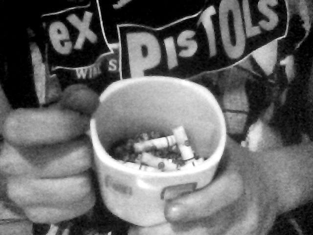 black and white, boy, cigarette, cigarettes, sex pistols