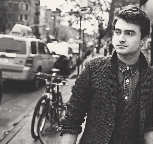 blanck and white, daniel radcliffe, guy, harry potter, hot