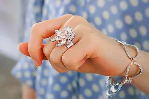 bling, bow, bracelet, fashion, gold, hand, nails, pretty, ring, style