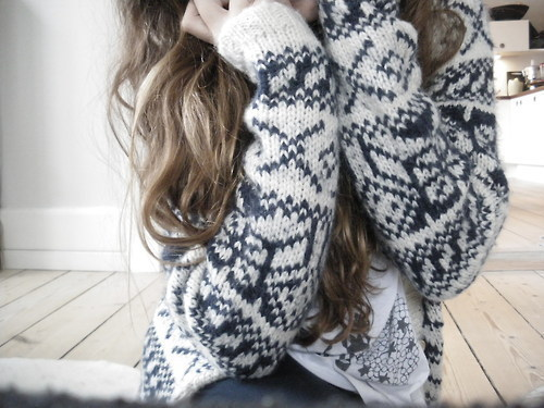 blond, blonde, clothes, curls, fashion, girl, hair, lyrics, photo, photography, style, sweater