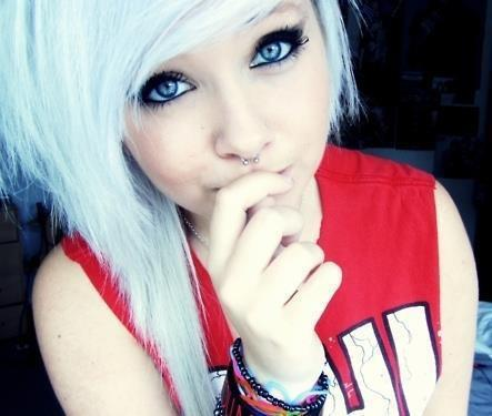 blond hair, blue eyes, cute, emo girl, piercing, septum