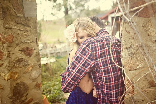 blonde, country, couple, cute, flannel, flower, forest, headband, hug, kiss, love, outside, photography, plaid, pretty, tree, trees, woods