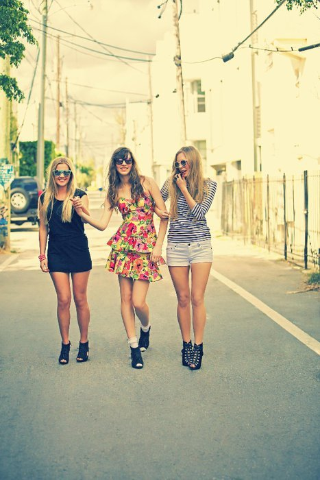 blondie, cute, fashion, friends, girl, girls, high heels, nice, pretty