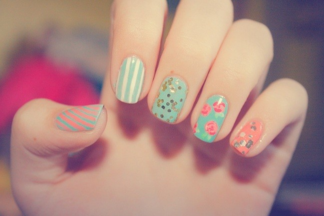 blue, brocade, colorful, colors, cute, dots, fashion, fingernails, flowers, girly, glossy, green, manicure, nail art, nail painting, nail polish, nailart, nails, nails fashion, nails style, pattern, pink, pretty, red, roses, stripes, strips, style