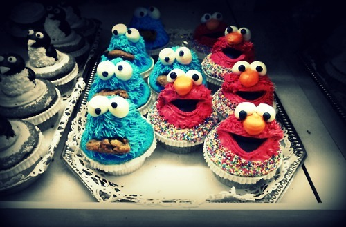 blue, cookie, cookie monster, cupcake, elmo, red, sweets