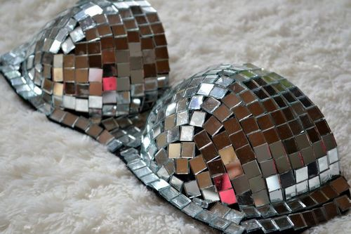 bra, fashion, girl, glitter, haute couture, just dance, lady gaga, mirror, pink, pretty, style
