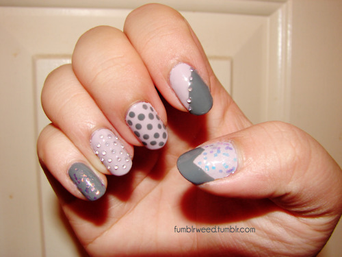 brocade, colorful, colors, cute, dots, fashion, fingernails, girly, glossy, gray, grey, manicure, nail art, nail painting, nail polish, nailart, nails, nails fashion, nails style, pattern, pink, pretty, style