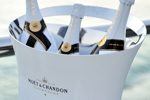 champagne, chic, drinks, luxury, moet & chandon, moet chandon