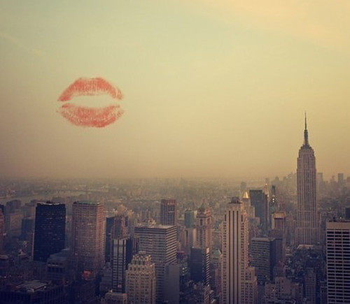 city, kiss, lipstick, love, new york