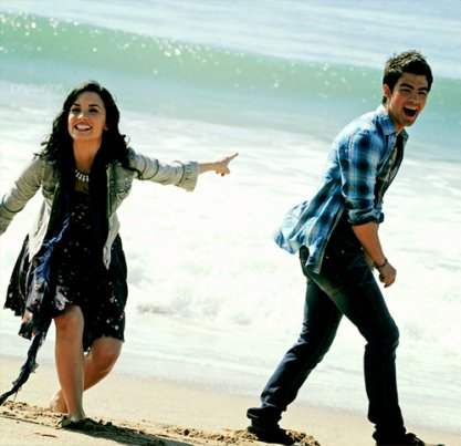 couple, cute, demi lovato, demi lovato and joe jonas, friends