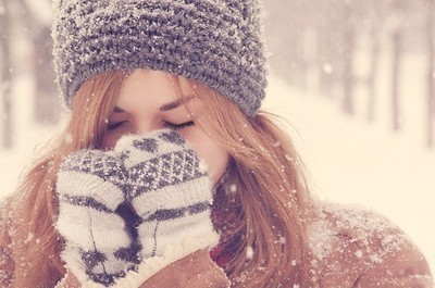 cute, feeling, girl, happy, pretty, smile, snow, think, winter