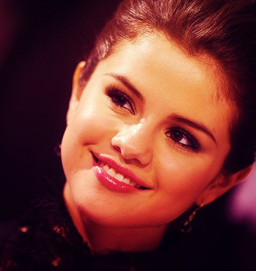 cute, flawless, gomez, gorgeous, jelena, marie, pretty, selena, selena gomez, smile, sparkling, text, wizards