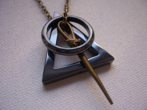 deathly hallows, elder wand, harry potter, invisibility cloak, necklace