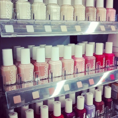 essie, makeup, nailpolish, nails, pink