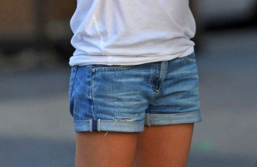fashion, girl, legs, outfit, shorts, skinny, style