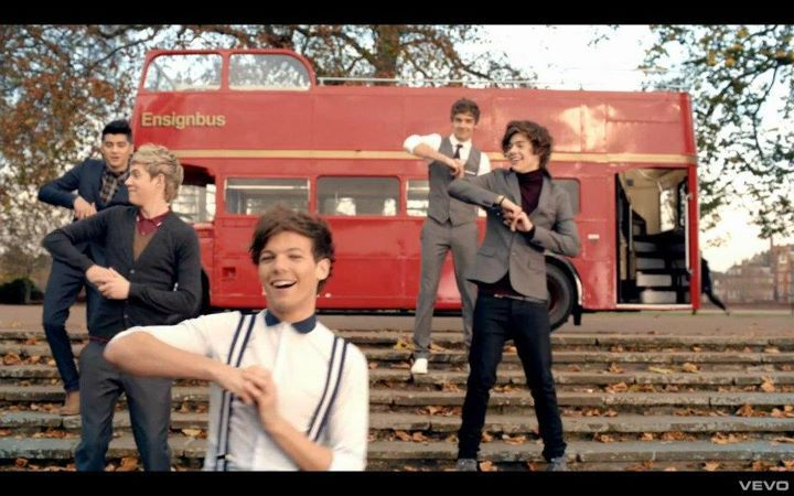 harry styles, inbetweeners dance, liam payne, louis tomlinson, niall horan