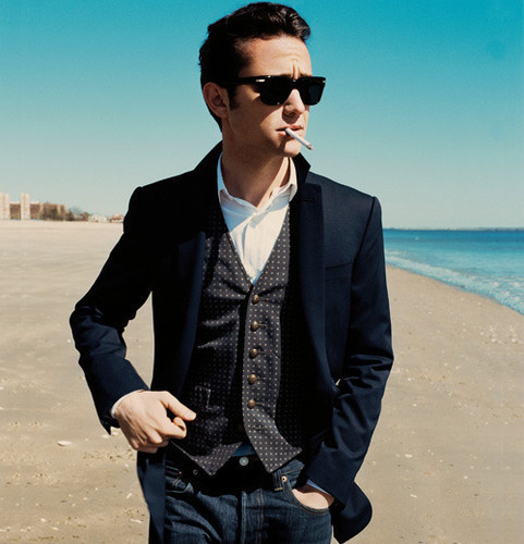 actor, celebrities, cigarette, fashion, flawless, glasses, joseph gordon-levitt, sexy, suit