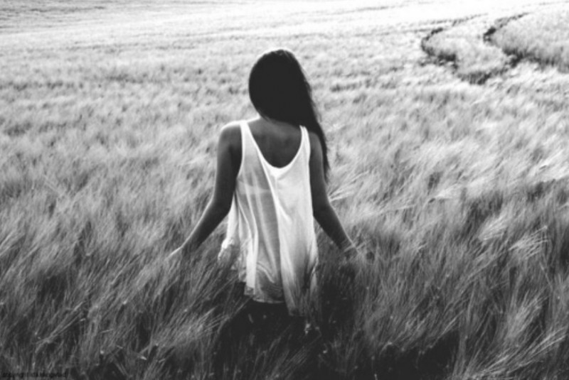 alone, b&w, black and white, field, girl