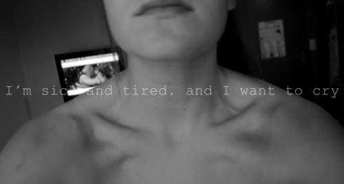 alone, black and white, bones, collarbone, cry