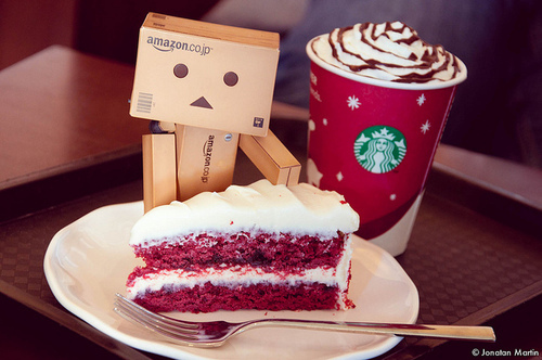amazon, box, box robot, cake, coffee, cube, cute, lovable, photography, starbucks, sweet