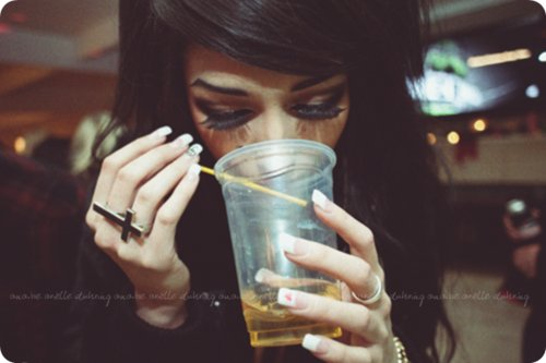 anaissed, beautiful, beauty, beer, black hair