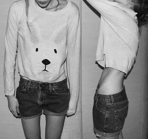 anorexia, anorexic, beautiful, black and white, bones, cool, cute, flat, girl, hair, legs, nice, oversized, pretty, retro, shorts, sick, skinny, t shirt, tee, thin, thinny, thinspo, tighs, too skinny, tummy, ugly, vintage