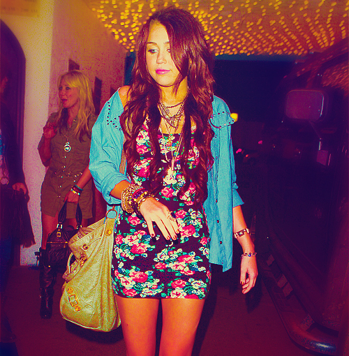 babe, beautiful, beauty, bottom of the ocean, cant be tamed, cute, cyrus, destiny hope cyus, disney channel, disney star, fit, fly on the wall, hannah montana, heart, heart me, heart this, inspirtation, love, miley, miley cyrus, party in the usa