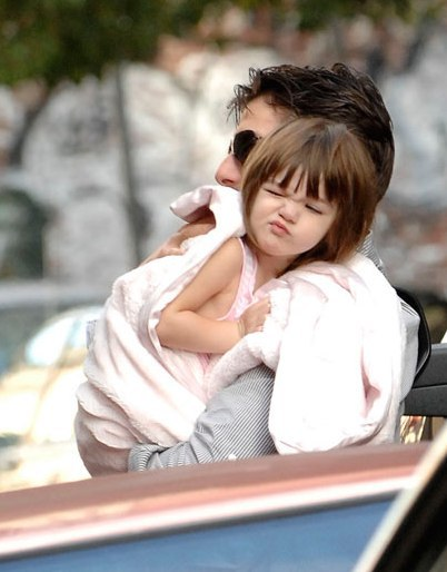 baby, children, cruise family, cute, girl, gurt, kids, suri cruise, sweet, tom cruise
