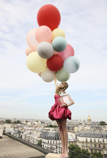 balloon, dior, fashion, model, perfume, photography, roof, scent, style, trend