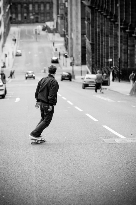 b&w, black & white, black and write, boy, car, cars, city, guy, hair, image, jacket, male, people, photo, photography, picture, skate, skateboard, skateboarding, street